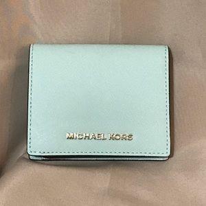NWOT Michael Kors Jet Set Carryall card holder